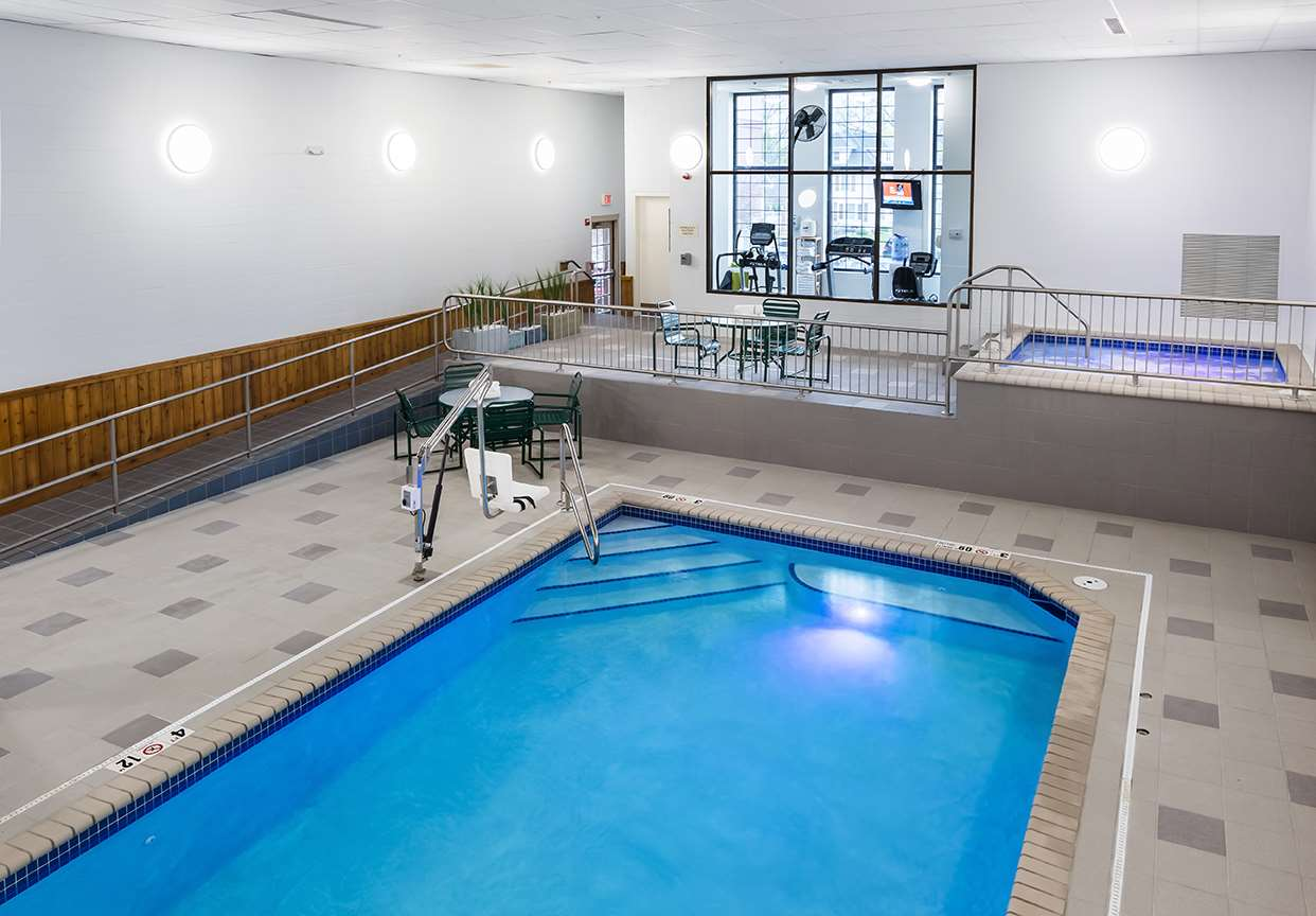 Pool - Aspen Suites Rochester
