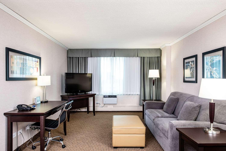 Suite - Campus Tower Suite Hotel Edmonton