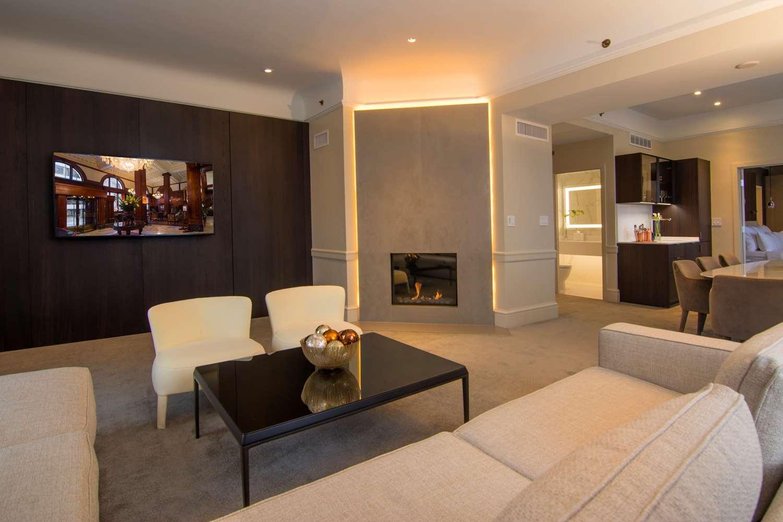 Suite - Benson Hotel Portland