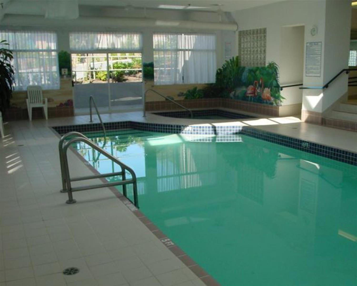 Pool - Coast Abbotsford Hotel & Suites