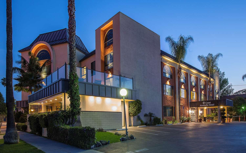 Hotels Free Parking Near Universal Studios Ca