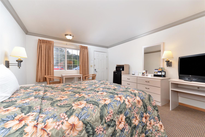 Room - Americas Best Value Inn Ukiah