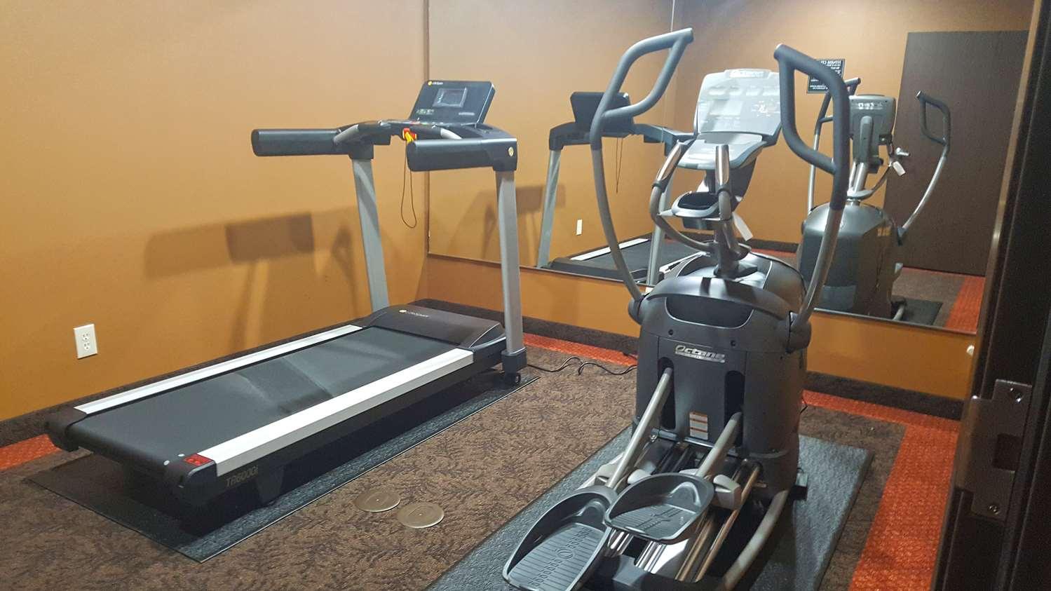Fitness/ Exercise Room - Americas Best Inn Big Lake