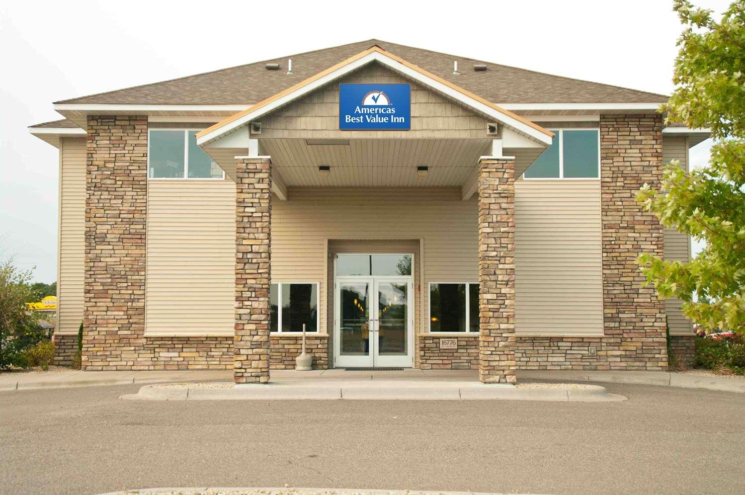 Exterior view - Americas Best Inn Big Lake