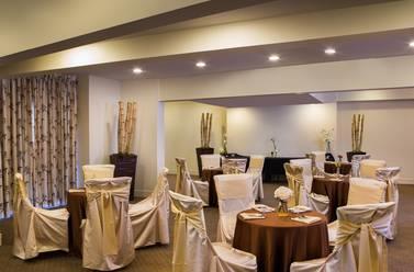 Restaurant - Tahiti All Suite Resort Las Vegas
