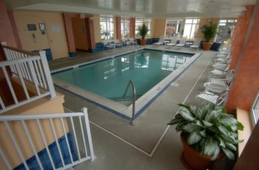 Pool - Rod N Reel Resort Chesapeake Beach