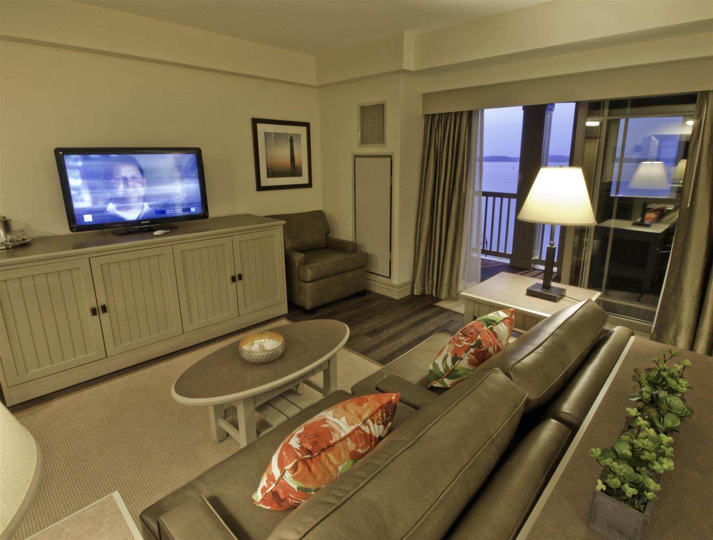 Suite - 1000 Islands Harbor Hotel Clayton