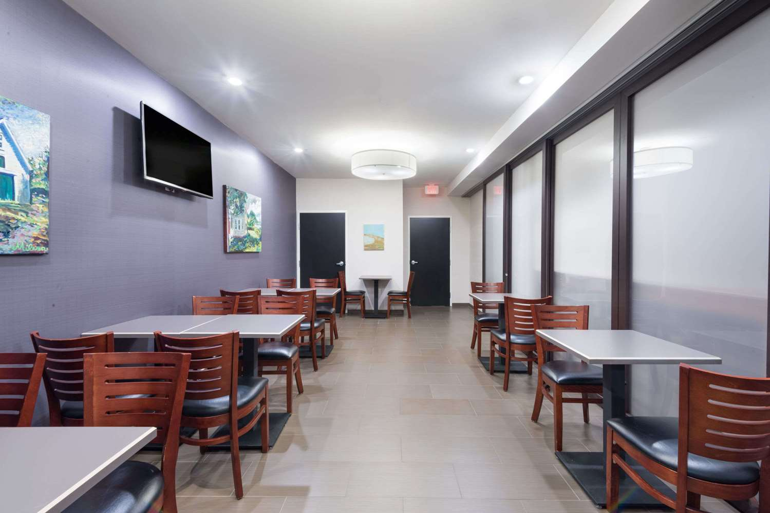 Meeting Facilities - Microtel Inn & Suites by Wyndham Windham