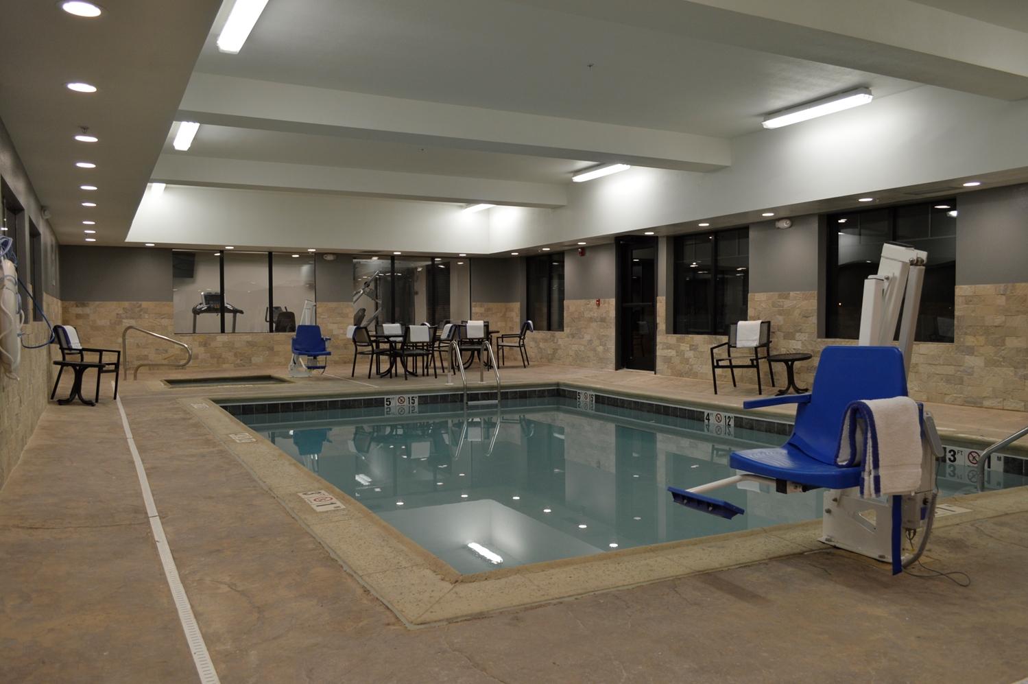 Pool - Best Western Plus Stevens County Inn Hugoton