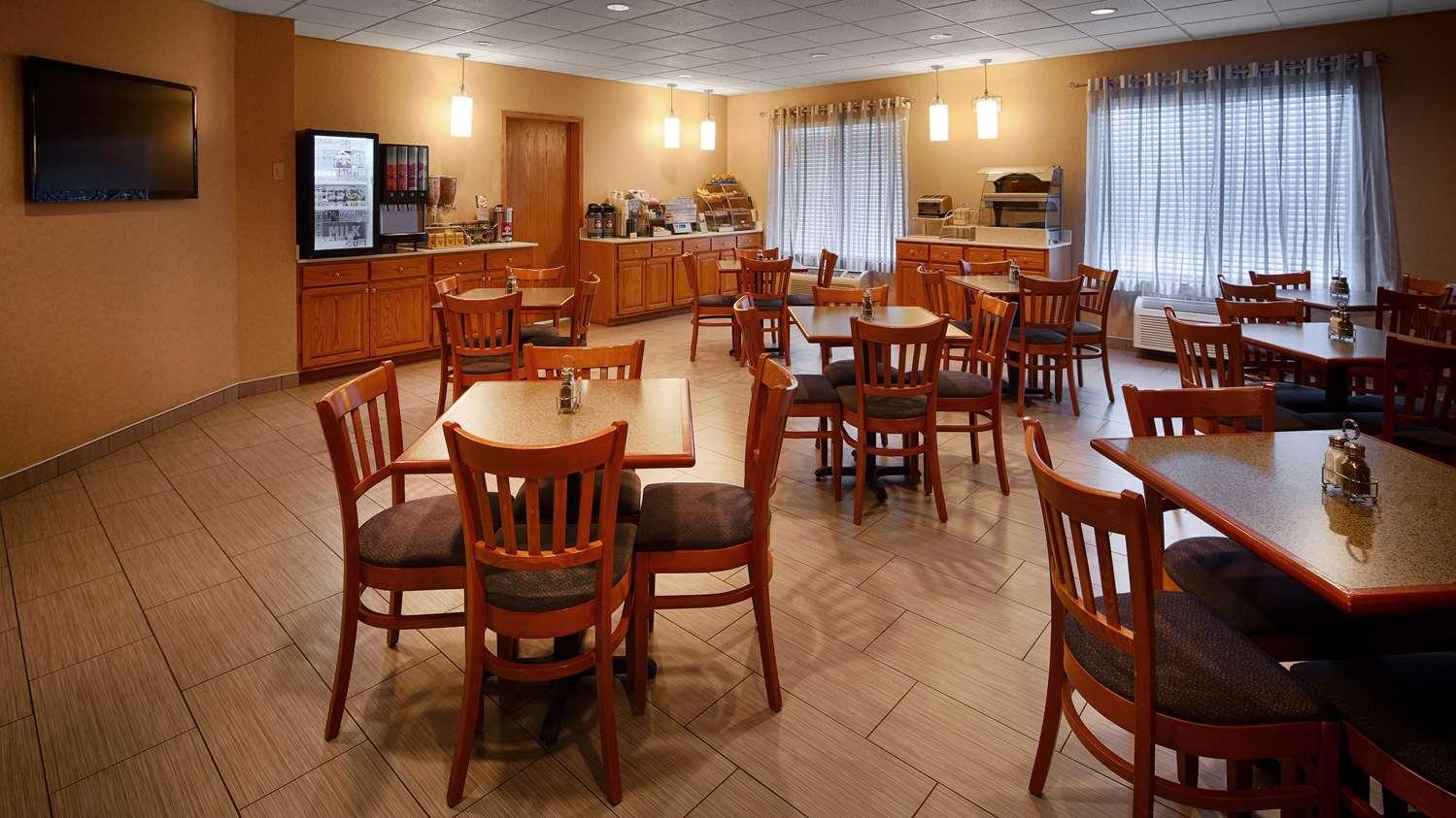 Restaurant - Best Western Holiday Manor Hotel Newton
