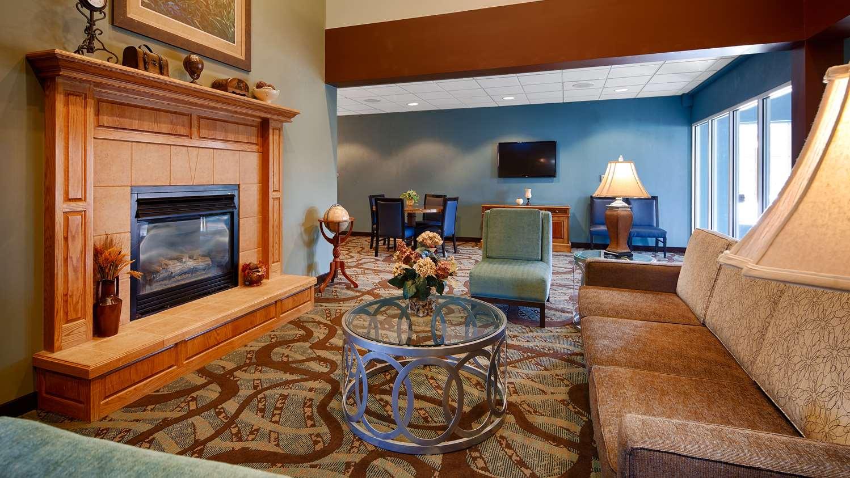 Lobby - Best Western Holiday Manor Hotel Newton