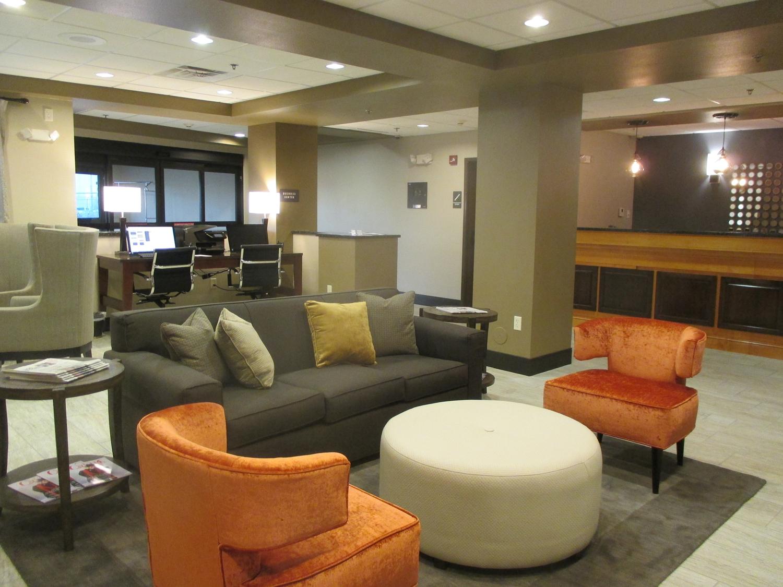 Lobby - Best Western Plus Omaha Airport Inn & Suites Carter Lake