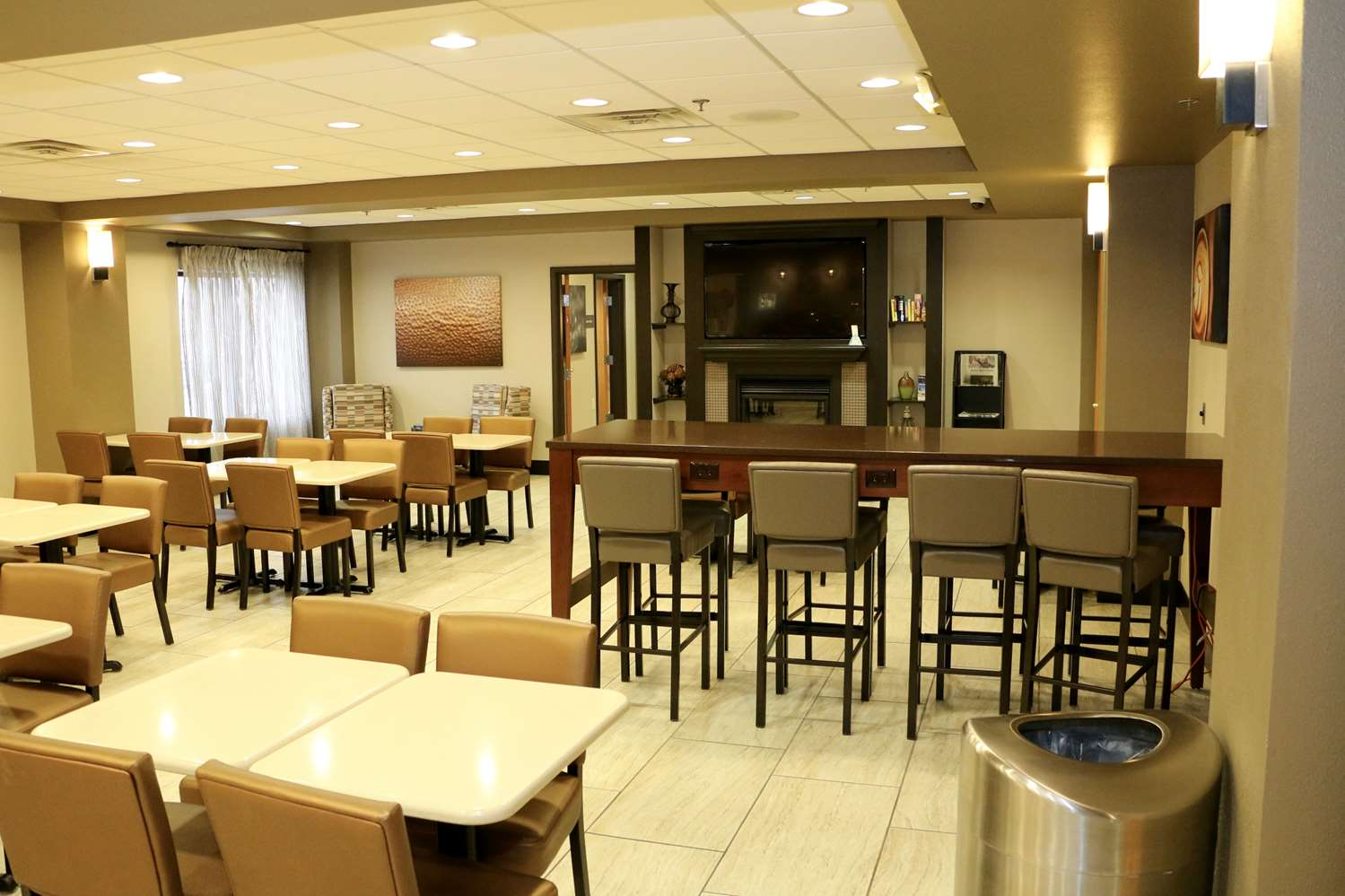 Restaurant - Best Western Plus Omaha Airport Inn & Suites Carter Lake
