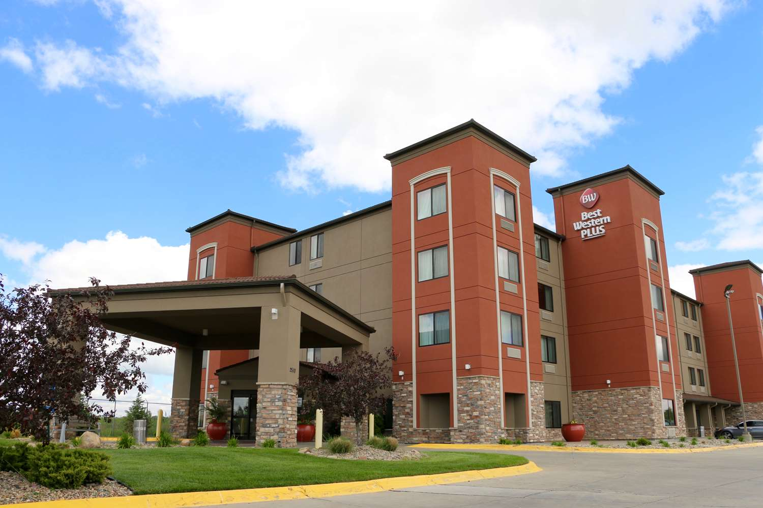 Exterior view - Best Western Plus Omaha Airport Inn & Suites Carter Lake