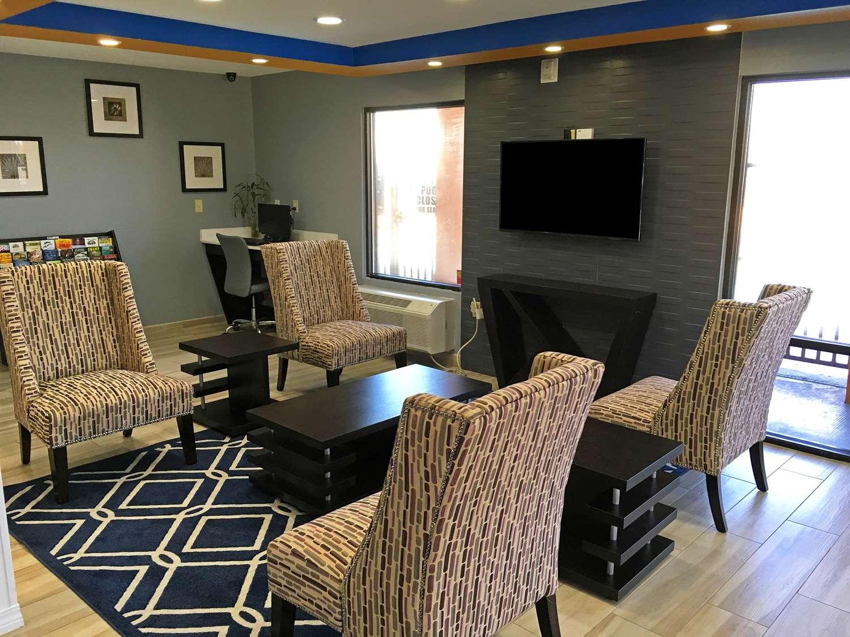 Lobby - Americas Best Value Inn Denham Springs