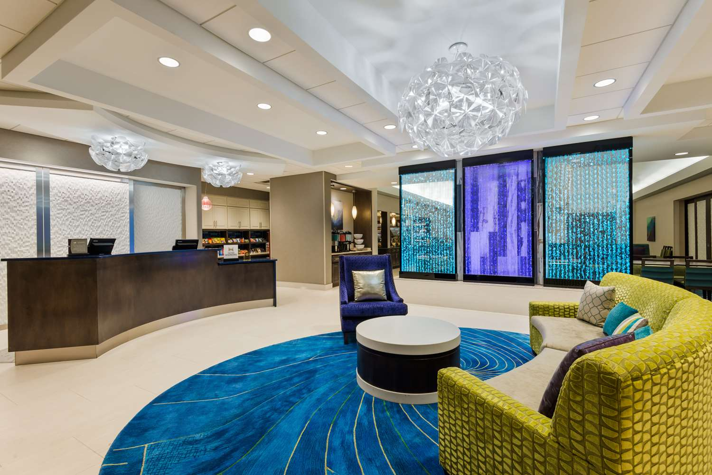 Lobby - Homewood Suites by Hilton Universal Studios Orlando