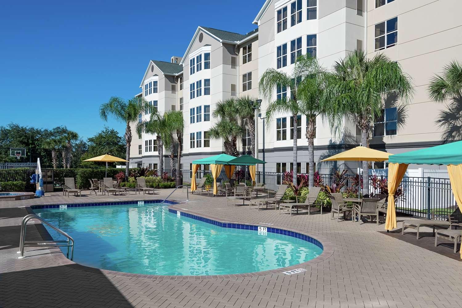 Pool - Homewood Suites by Hilton Universal Studios Orlando