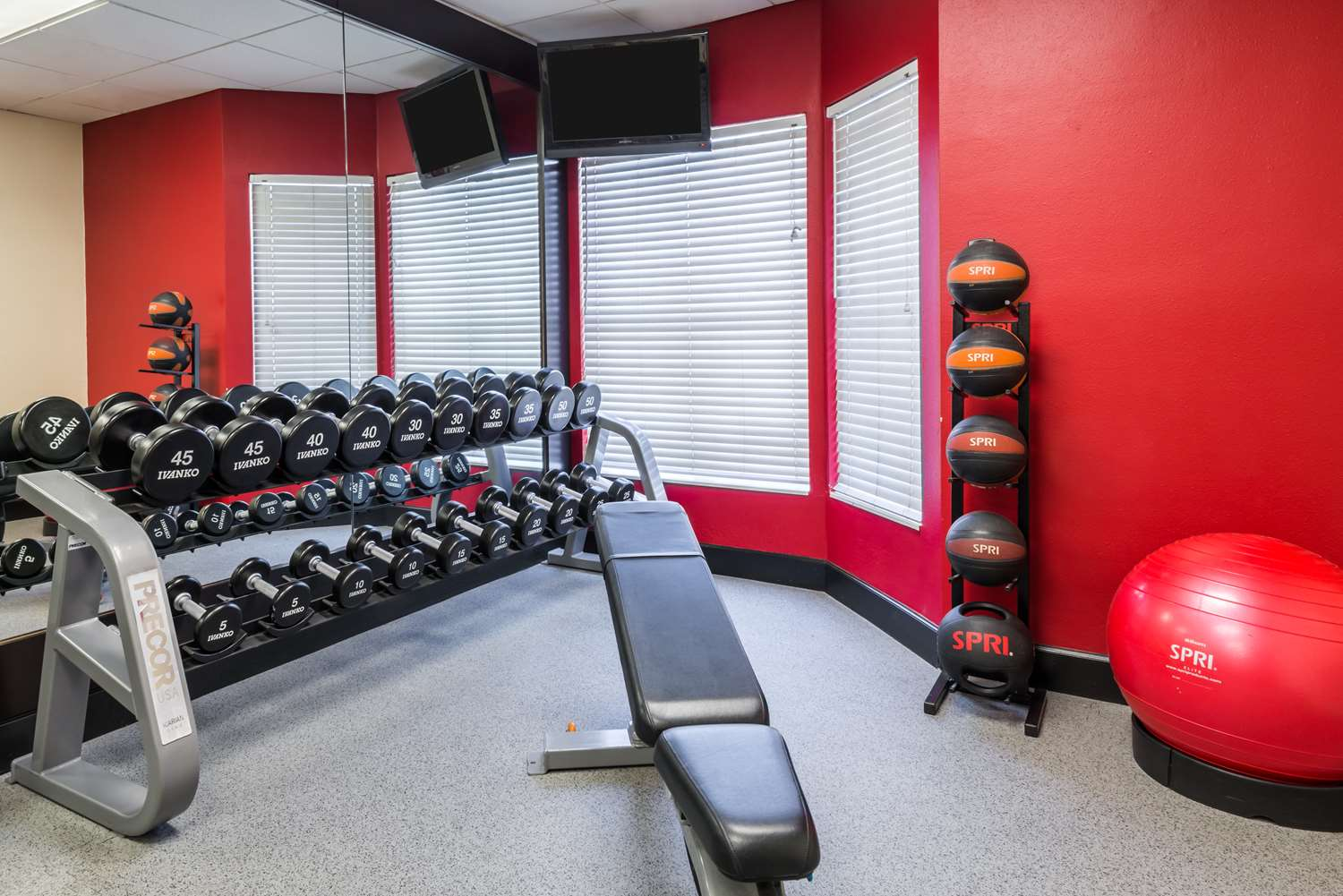 Fitness/ Exercise Room - Homewood Suites by Hilton Universal Studios Orlando