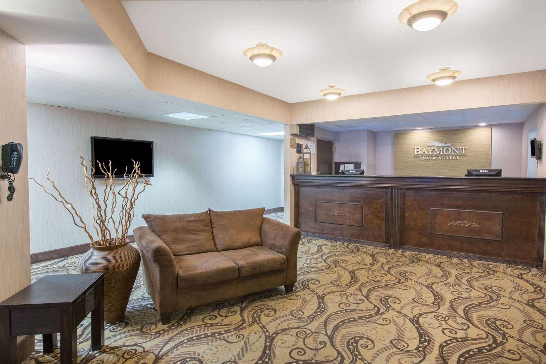 Lobby - Baymont Inn & Suites Bartonsville