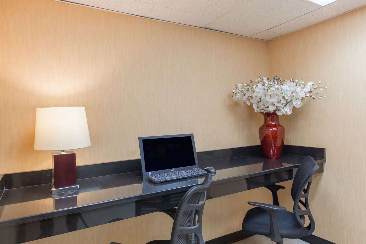 Conference Area - Baymont Inn & Suites Bartonsville