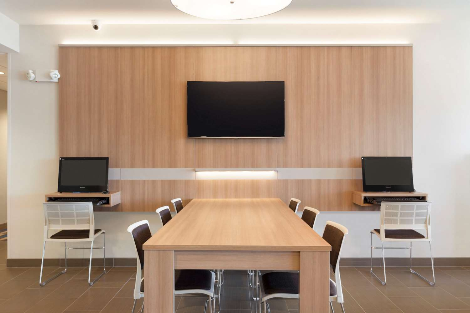 Conference Area - Microtel Inn & Suites by Wyndham Georgetown