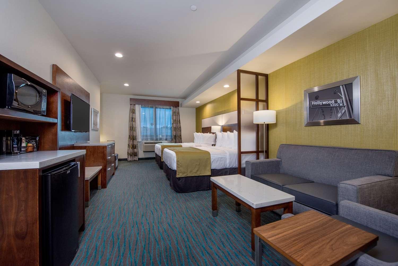 Suite - Best Western Plus Gardena Inn & Suites