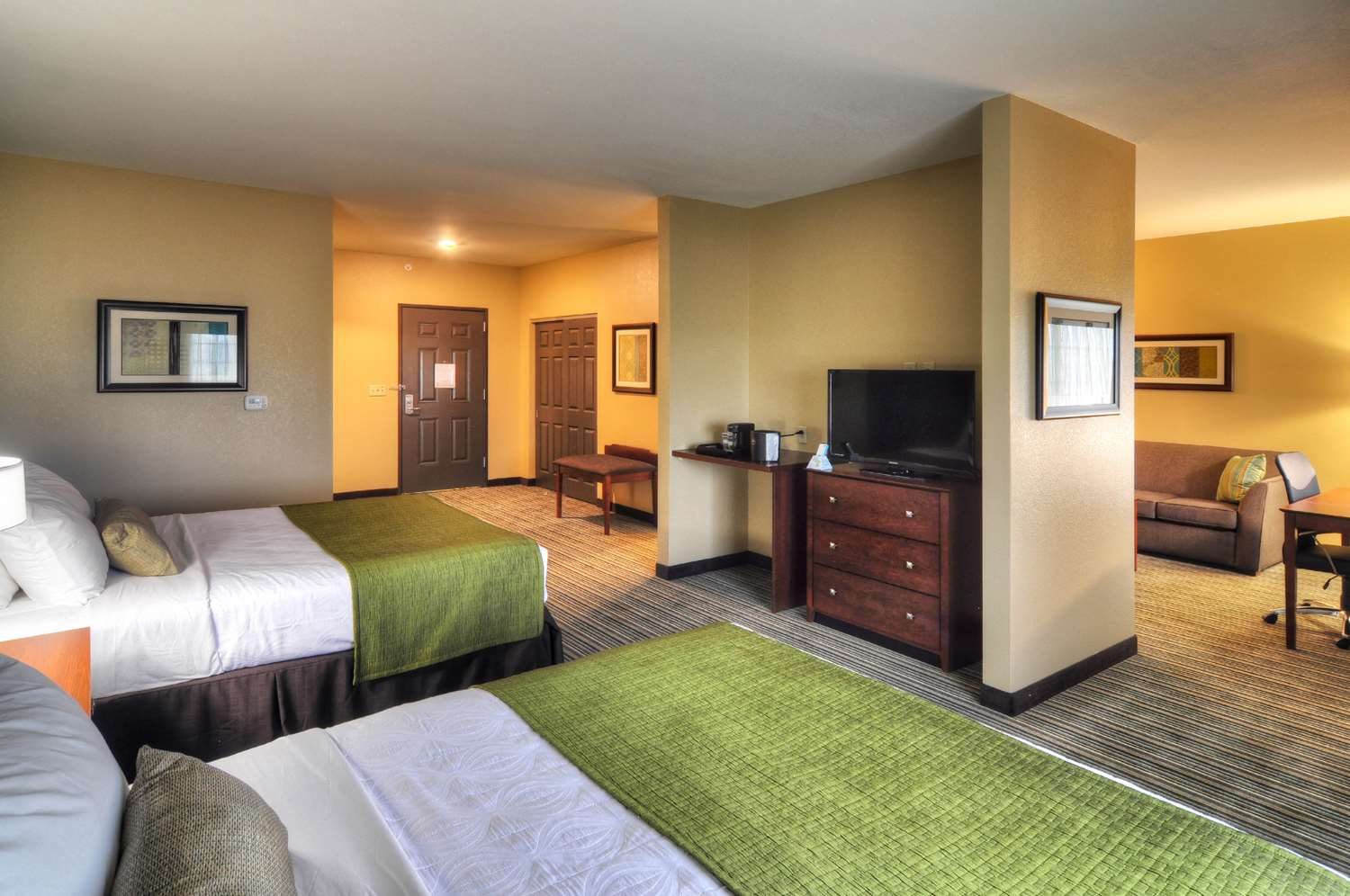 Suite - Best Western Plus Patterson Park Inn Arkansas City