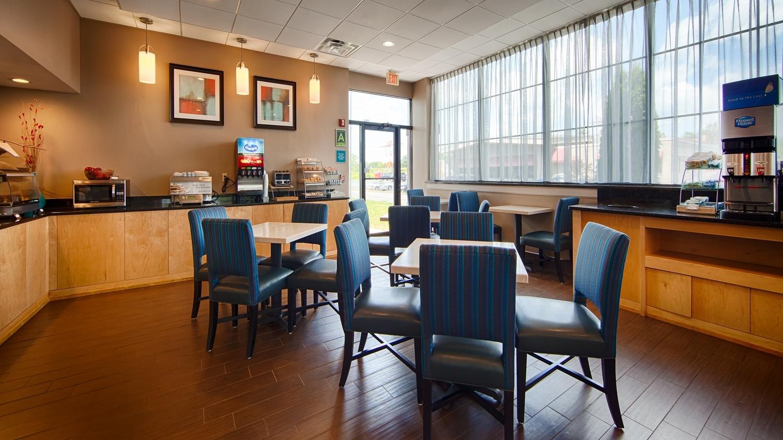 Restaurant - Best Western Hartford Hotel & Suites