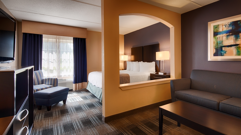 Suite - Best Western Hartford Hotel & Suites