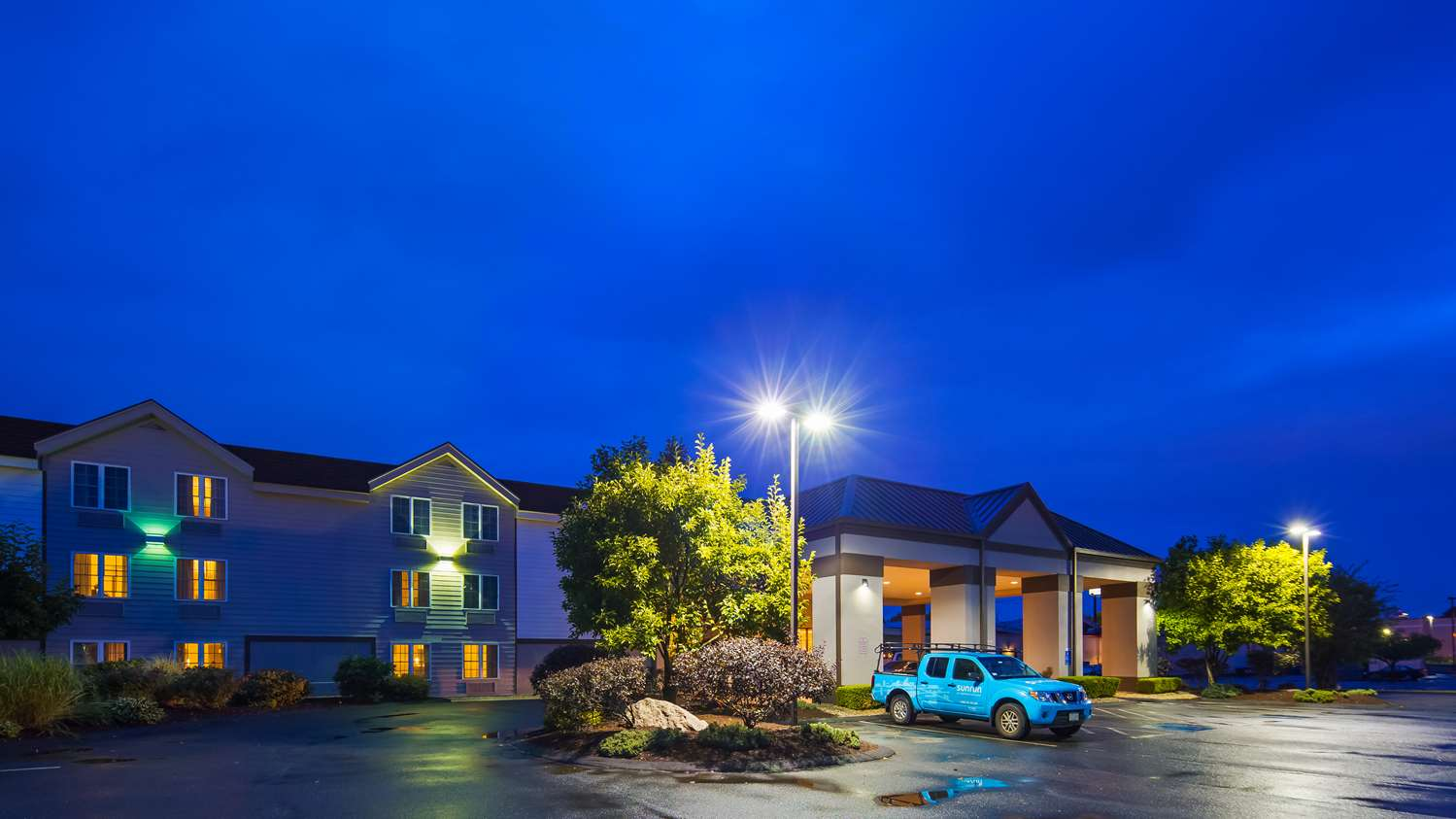 Exterior view - Best Western Hartford Hotel & Suites