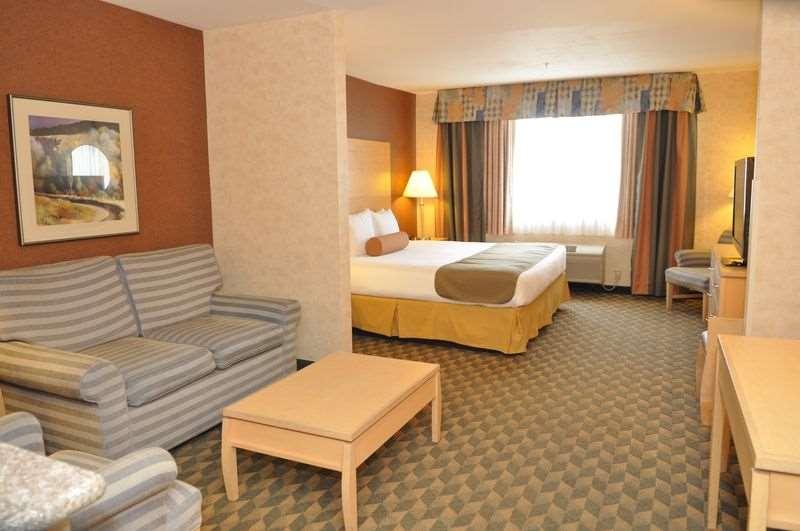 Suite - Best Western Plus North Las Vegas Inn & Suites