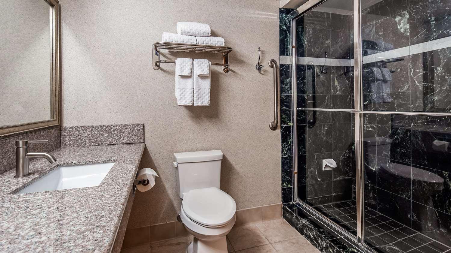 Room - Best Western Plus North Las Vegas Inn & Suites