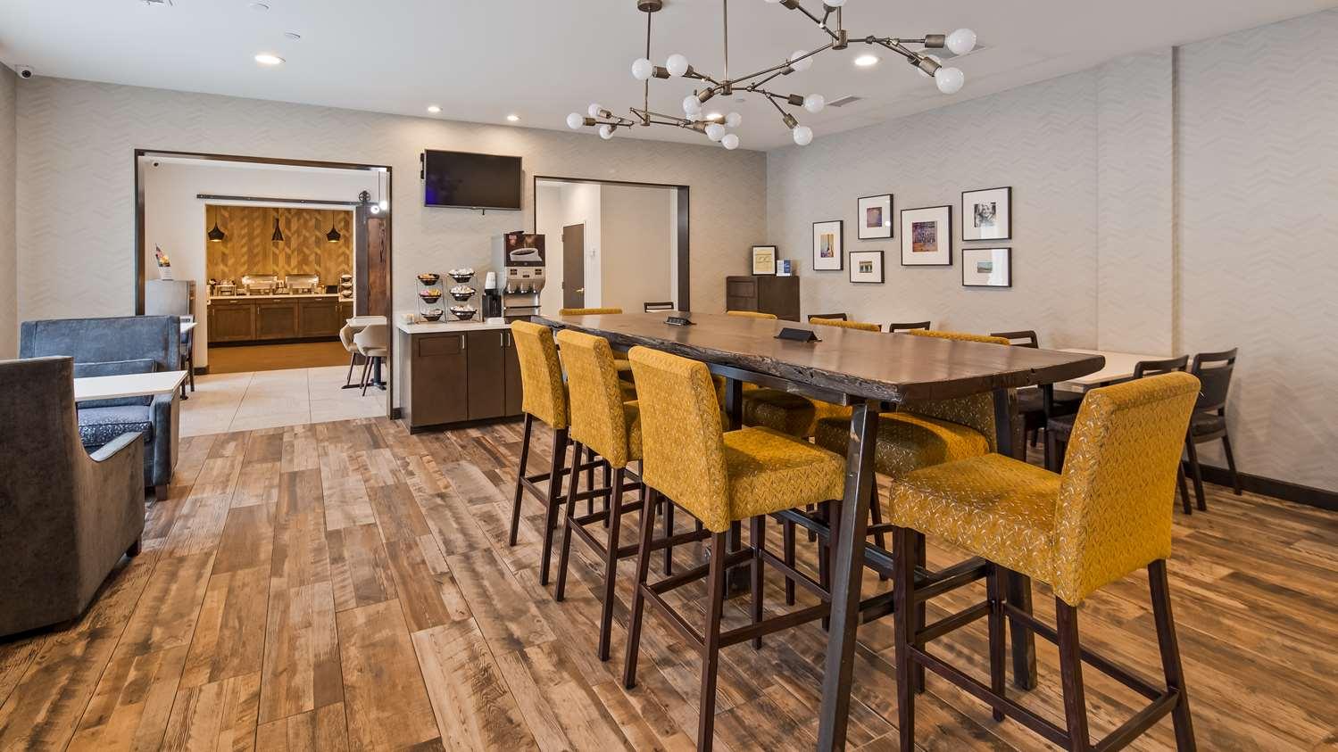 Restaurant - Best Western Plus Hotel Airport Nashville