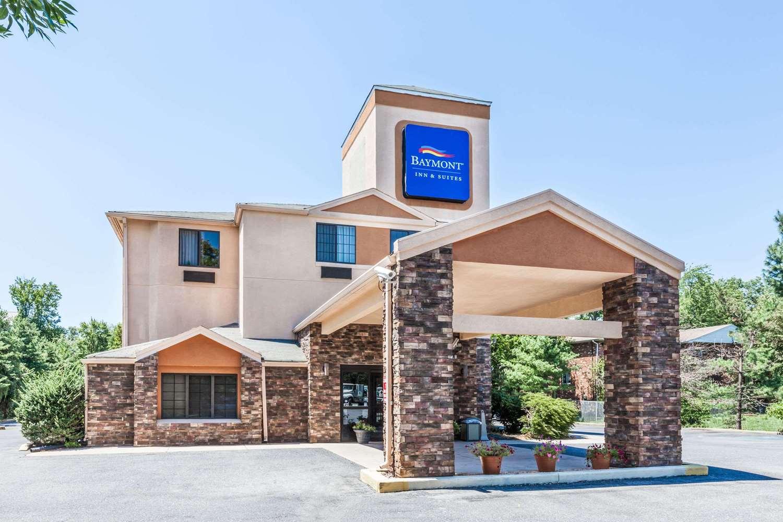 Exterior view - Baymont Inn & Suites Newark