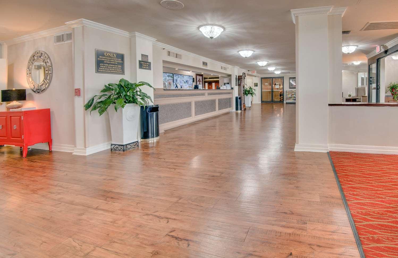 Lobby - Ramada Hotel Metairie