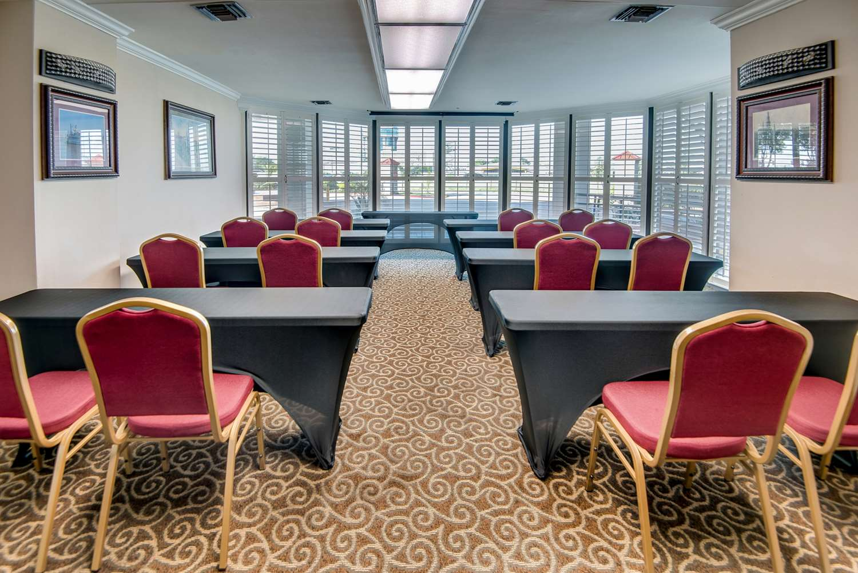 Meeting Facilities - Ramada Hotel Metairie