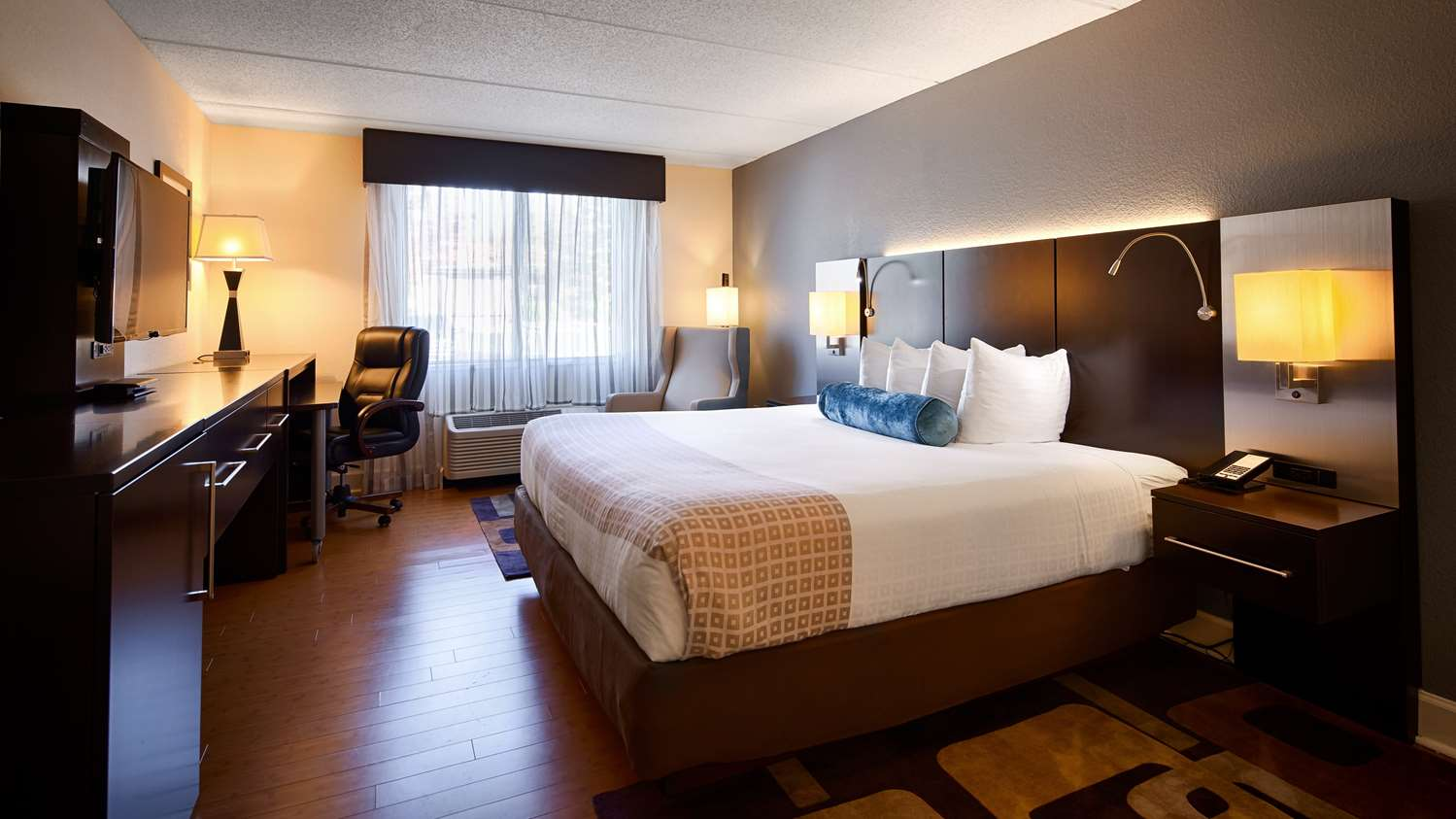 Room - Best Western Plus Hotel Roswell