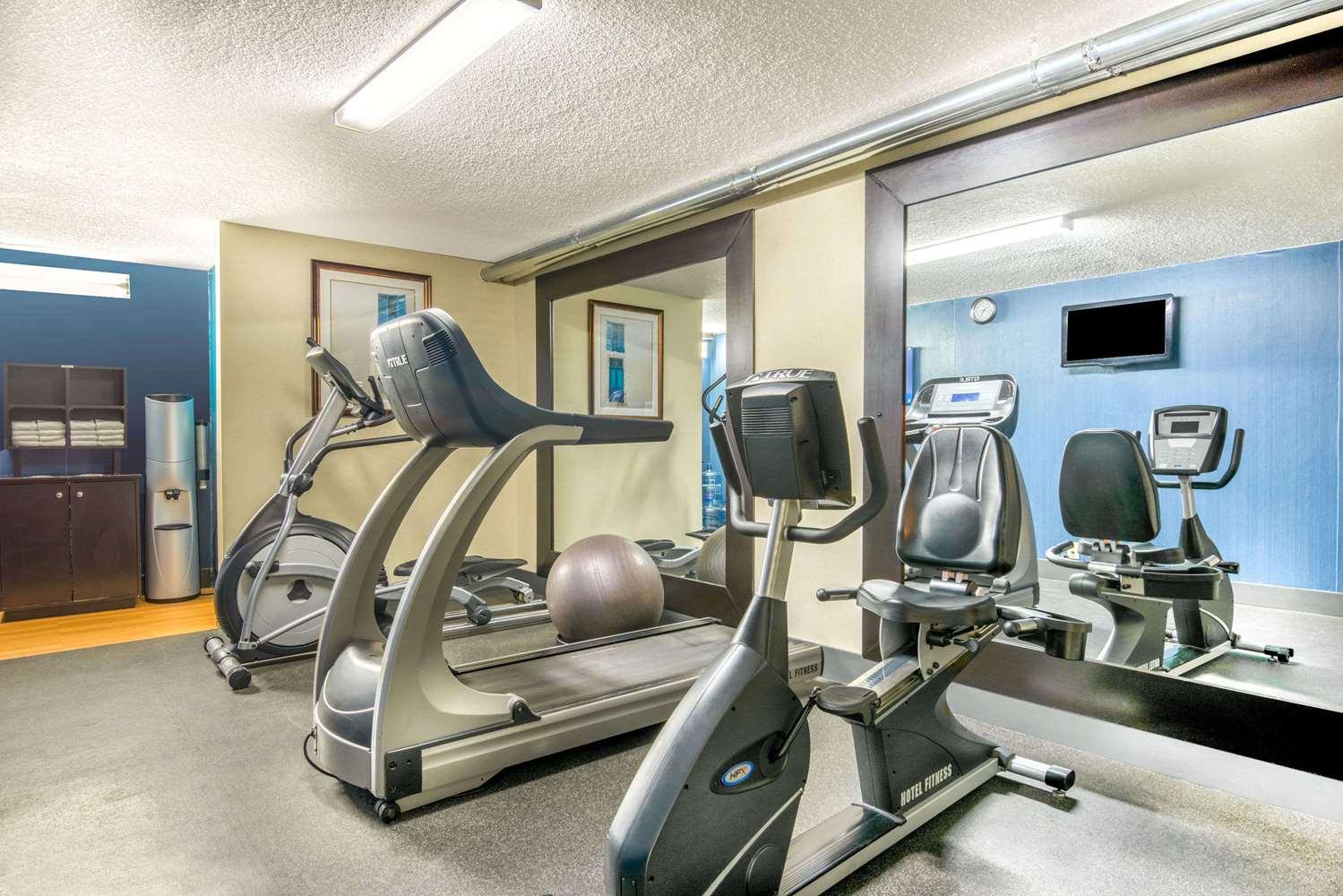 Fitness/ Exercise Room - Days Inn & Suites North Albuquerque