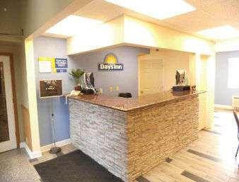 Lobby - Presidential Motor Inn West Branch