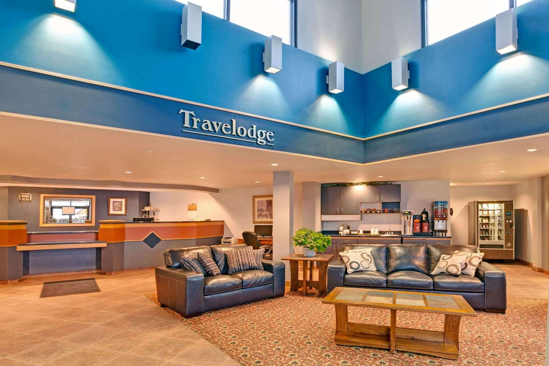 Lobby - Travelodge Rapid City