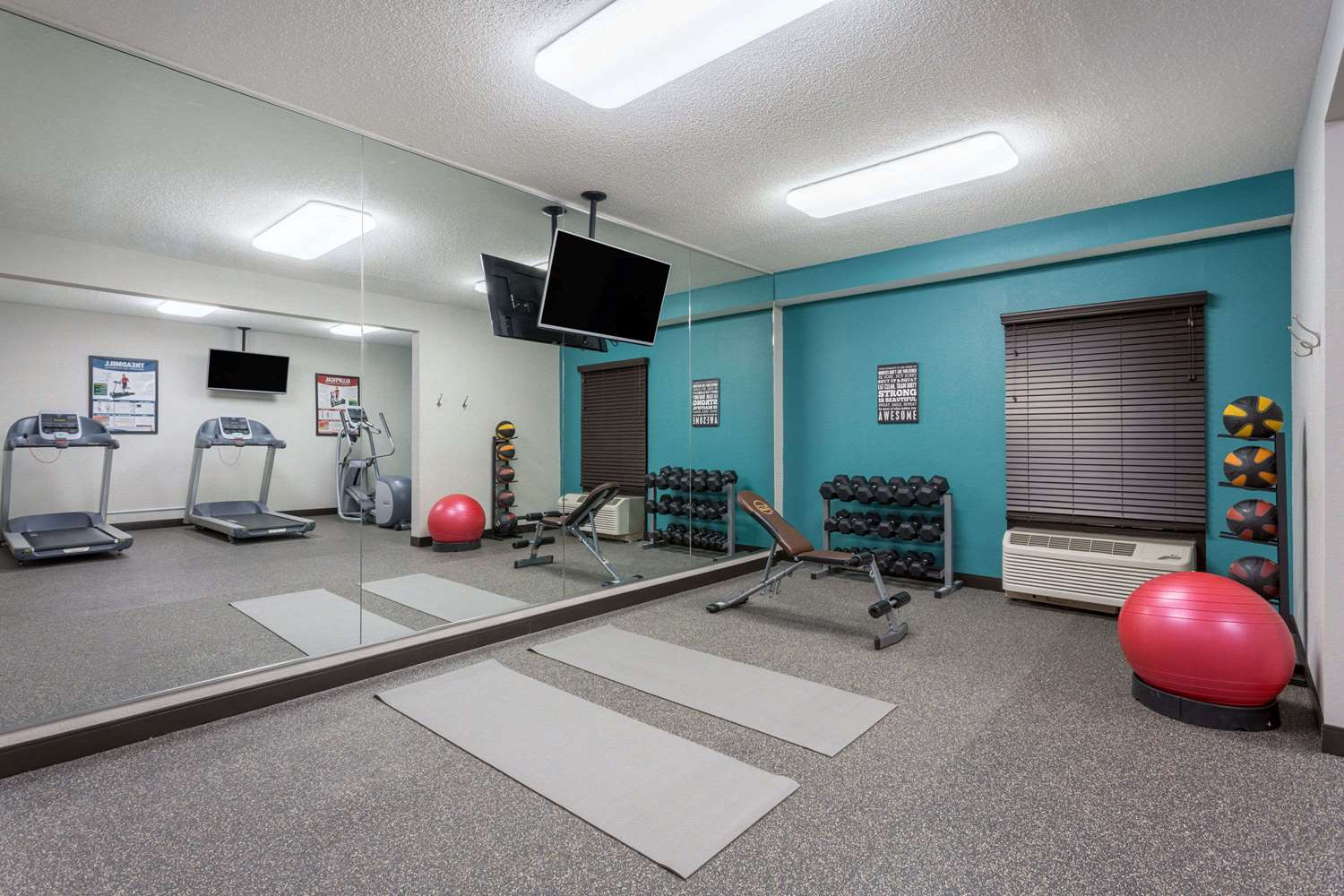 Fitness/ Exercise Room - Wyndham Garden Hotel Airport Greenville
