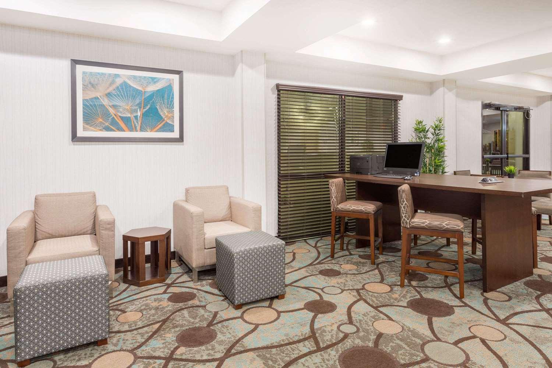 Conference Area - Wyndham Garden Hotel Airport Greenville