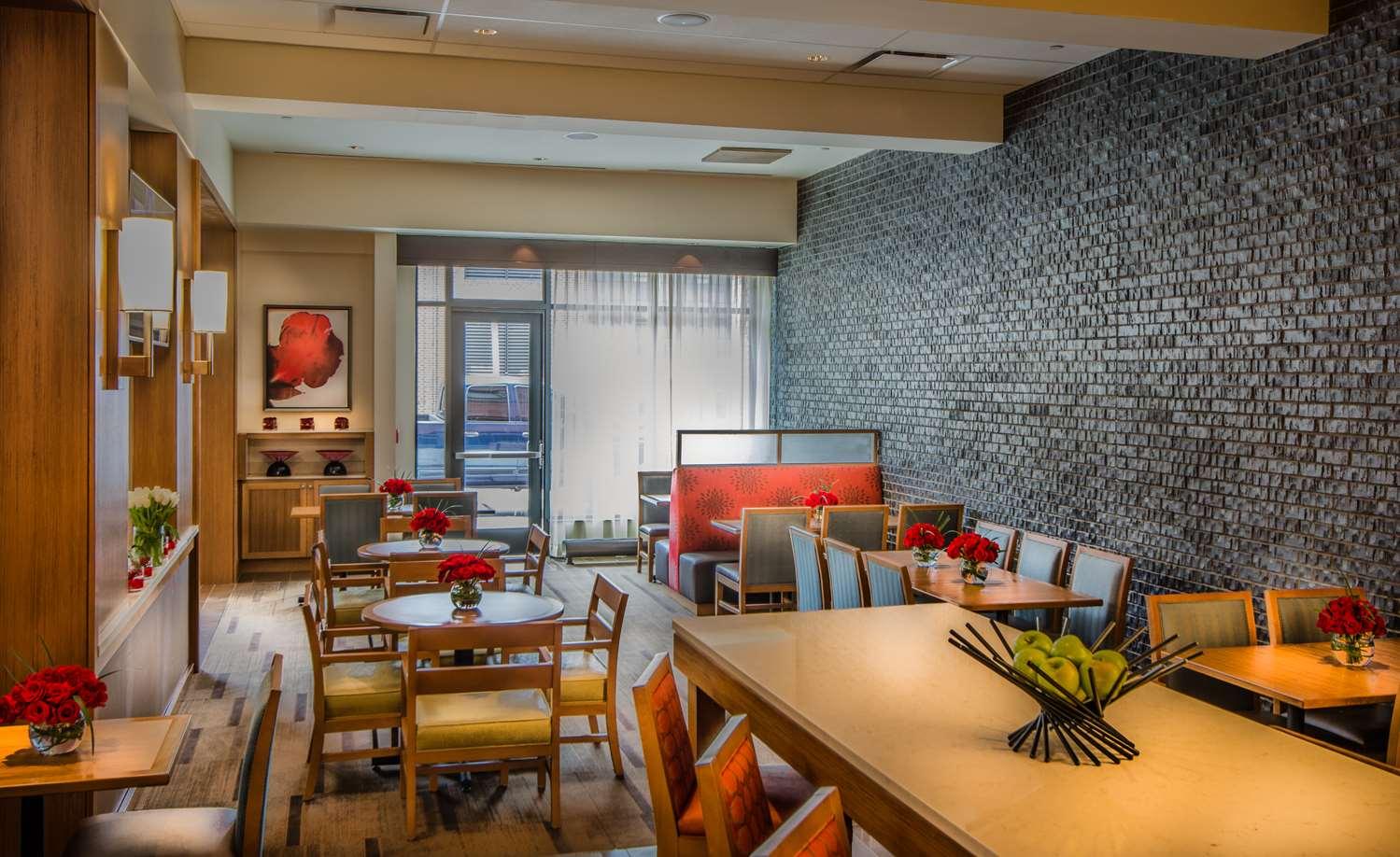 Restaurant - Hyatt Place Hotel Inner Harbor Baltimore