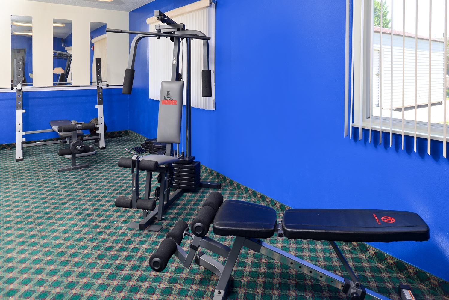 Fitness/ Exercise Room - Americas Best Value Inn Spring Valley