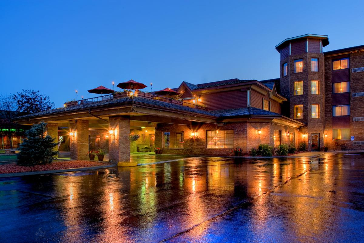 Exterior view - Grand Gateway Hotel Rapid City