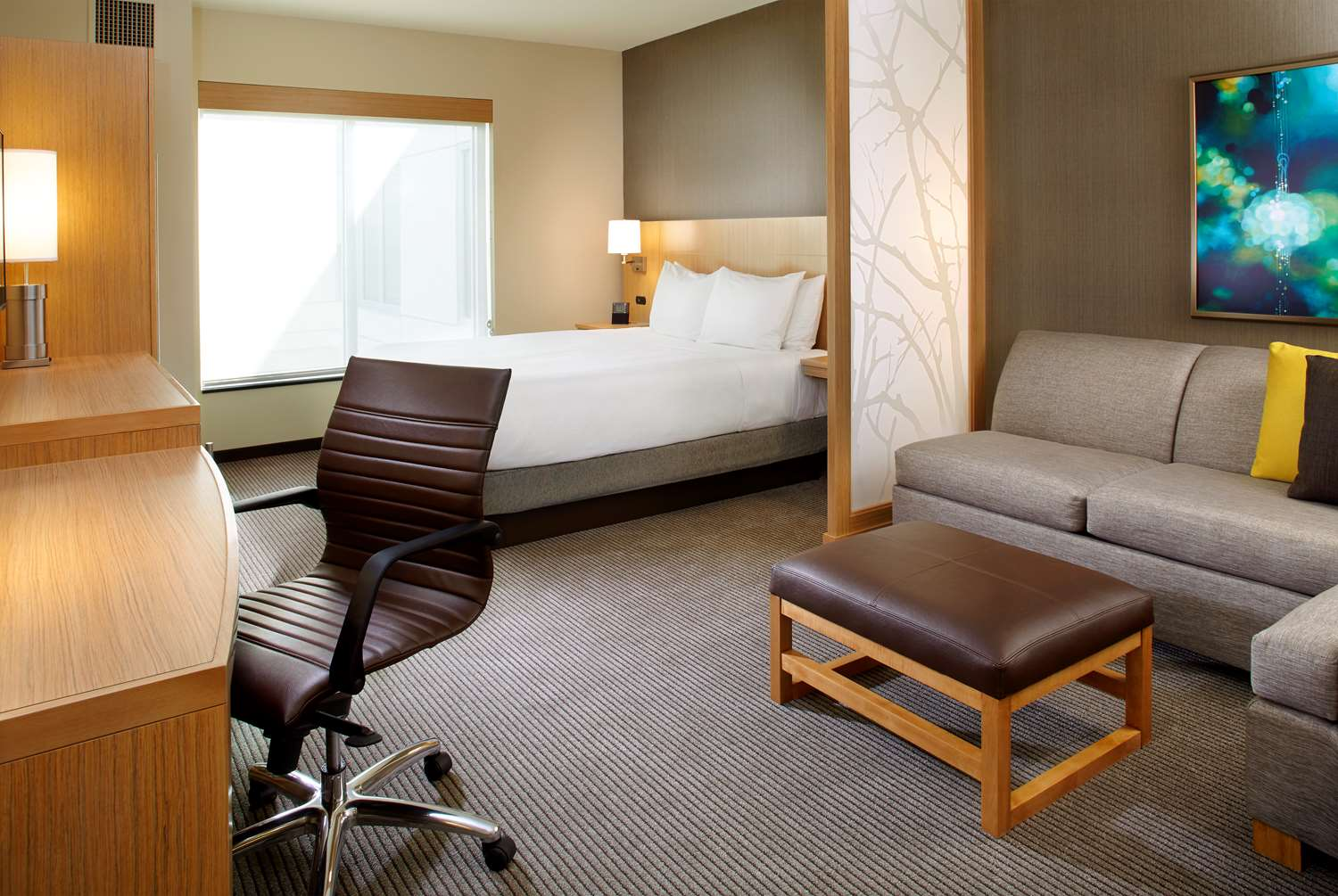 Suite - Hyatt Place Hotel Miami Airport East