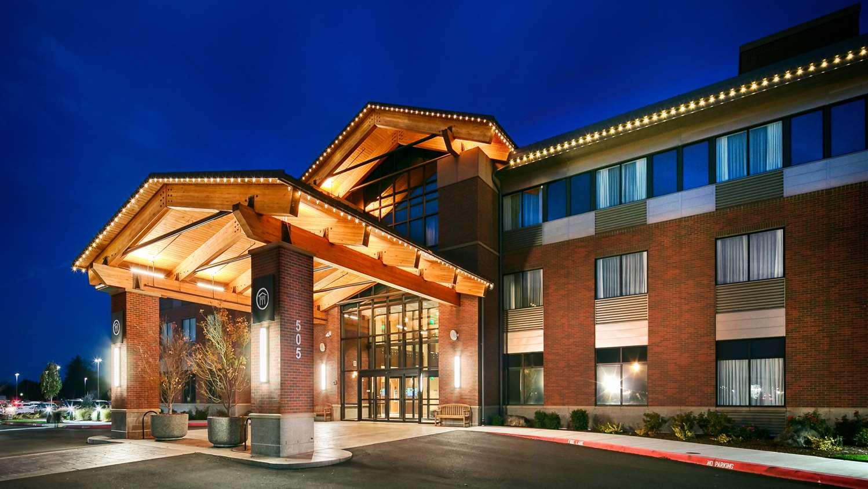 Hotels Near Lebanon Oregon