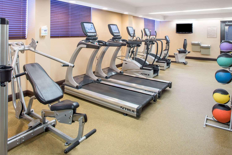 Fitness/ Exercise Room - Wyndham Deerfield Beach Resort