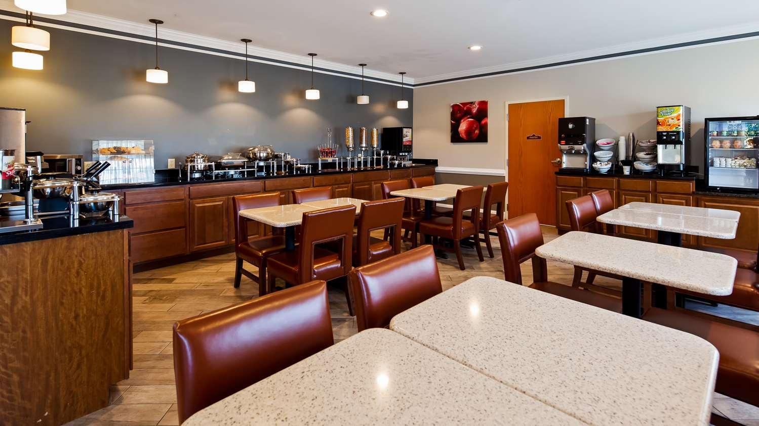 Restaurant - Best Western Denton Inn