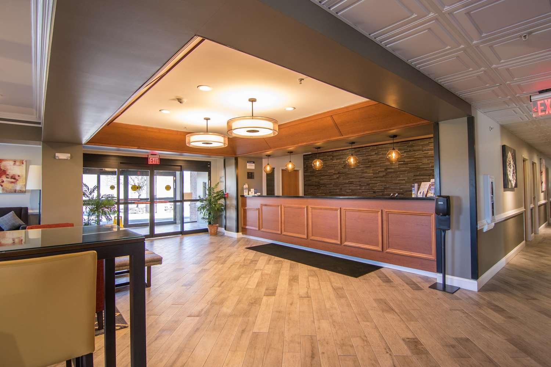Lobby - Best Western Denton Inn